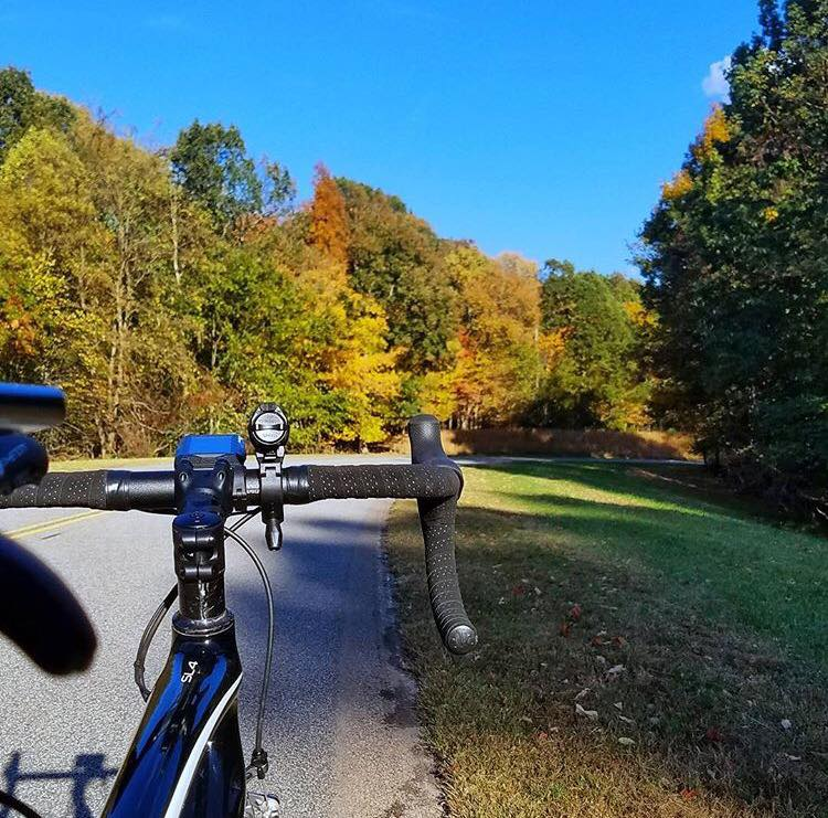 Cycling the scenic Natchez Trace